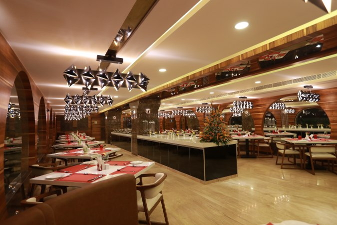 Chennai! Enjoy The Big Fat Buffet At Tepin Chilli & Experience Heaven On Earth!!