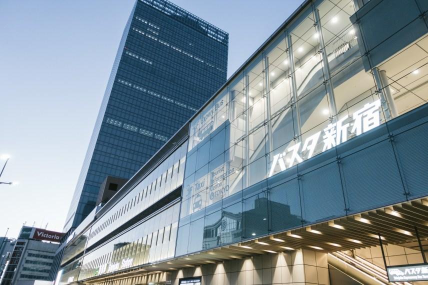 羽田空港から新宿への移動で利用できるリムジンバスの詳細まとめ