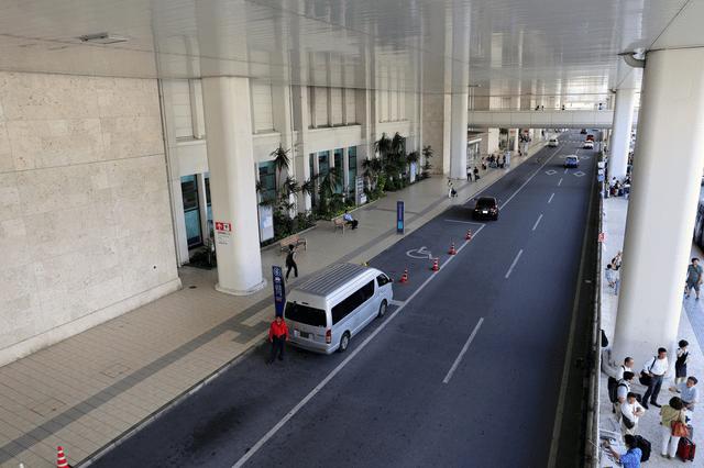 那覇空港から利用できるおすすめのリムジンバスについて徹底解説!