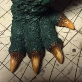 アクリル塗料のクリアオレンジ+レッドブラウンを乗せた足の爪