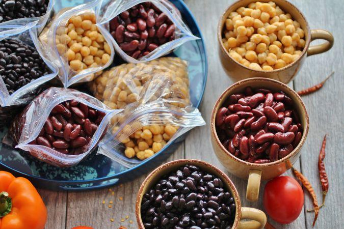 انواع لوبیا و حبوبات یک شام رژیمی مناسب