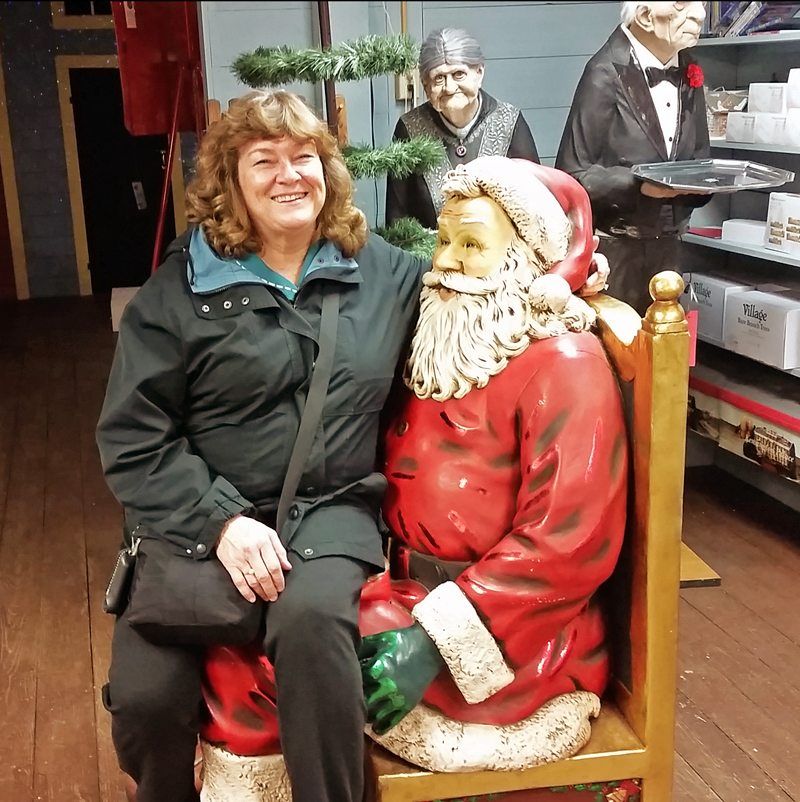 Portsmouth Realtor Ann Cummings and Santa