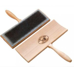 carding brush for wool fibers