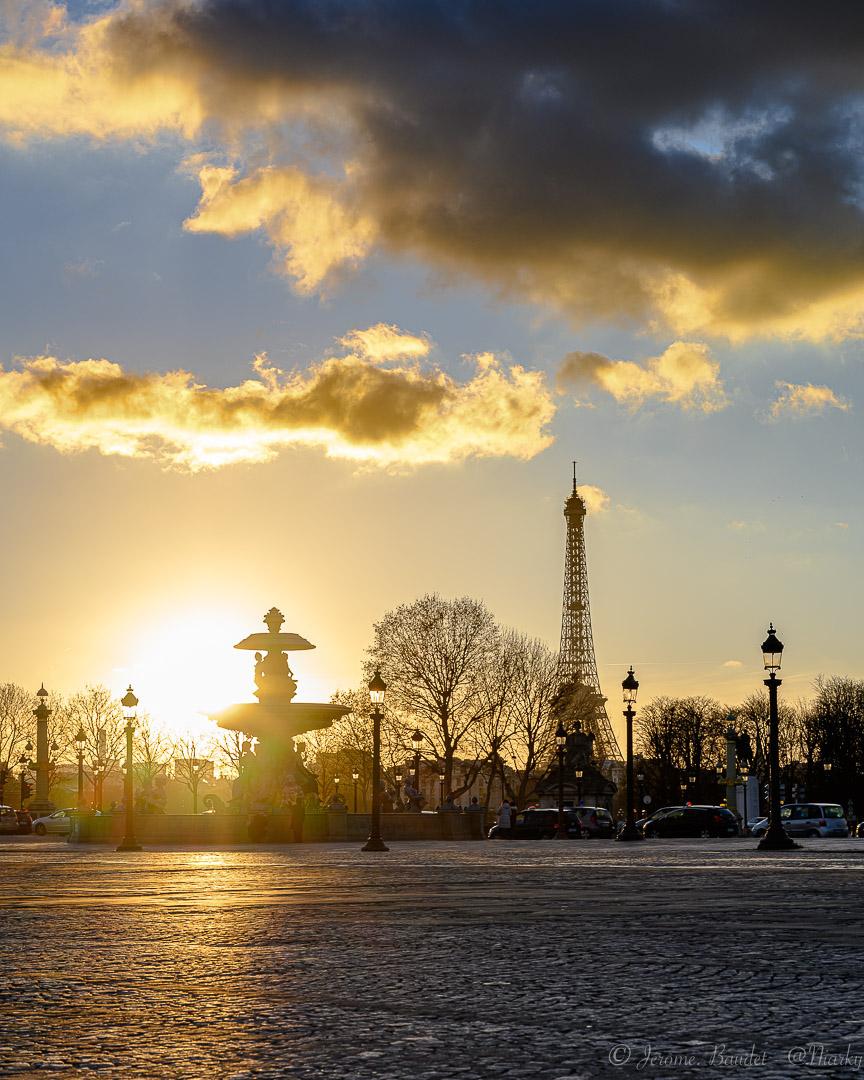 Tower 3/3 - Battre les pavée lors des derniers rayons de soleil de la journée juste avant que la Dame s'allume pour nous faire rêver encore plus.----------Beating the cobblestones during the last rays of sunshine of the day just before the Lady lights up to make us dream even more..With lens: NIKKOR Z 24-70mm f/4 S at 65 mmExposure: ¹⁄₁₂₅ s à ƒ / 8,0Camera: 65 mm - NIKON Z 7.... #4twitter #cloudsky #concorde #eiffeilofficielle #eiffeltower #gwparis #hello_france #hello_paris #ig_paris #igersparis #parisbynight #Street #streetphoto #streetphotography #sunset #nikon #nikonfr #nikonz7 #z7 - from Instagram