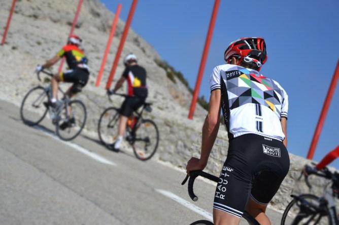 À l'ascension du Mont-Ventoux ©Mickael Gagne
