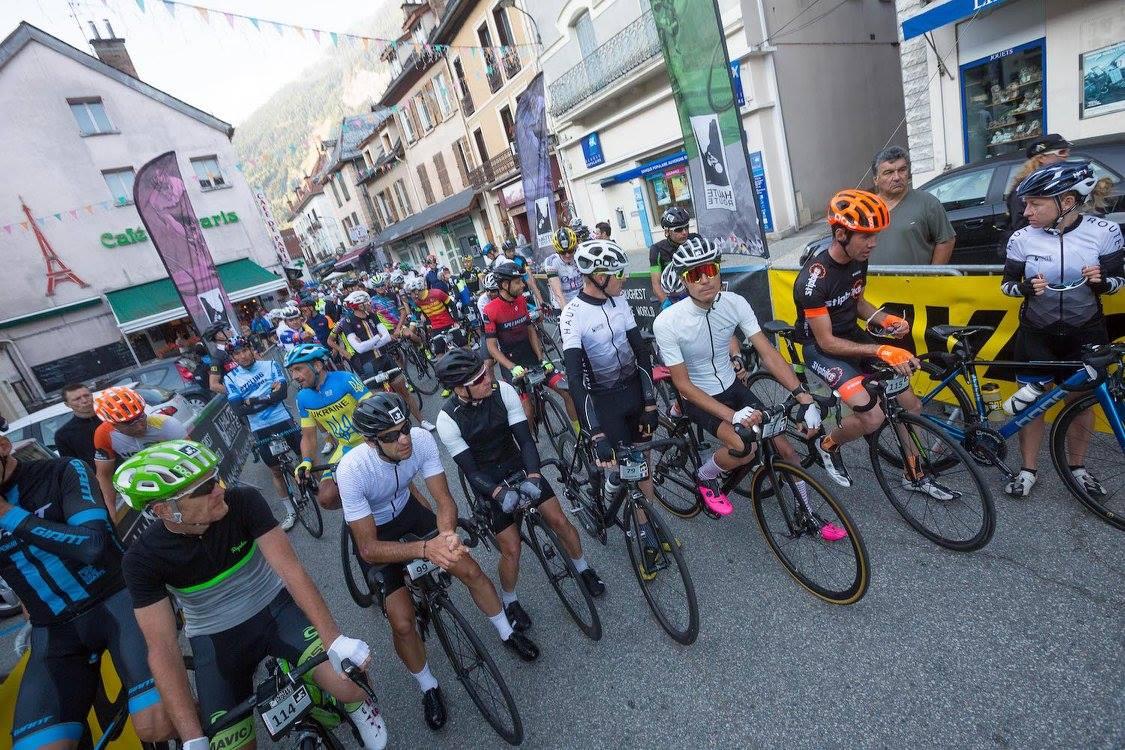 Haute Route est un concept de cyclosportives en 7 étapes de montagne dont un contre-la-montre. La Haute Route dans sa version longue existe dans les Alpes, les Pyrénées, Les Dolomites et plus récemment le Colorado aux Etats-Unis. Un nouveau format en 3 jours, que nous pourrions définir de «qualificatifs», est née en 2017 autour de lieu qui ont fait la légende du cyclisme: L'Alpe d'Huez et le Ventoux. Le principe est en 3 étapes, dont un contre-la-montre où les participants siègent en un même lieu. Ce format compact permet de se conditionner à la montagne et à l'ambition de participer l'une des grandes Haute Route.