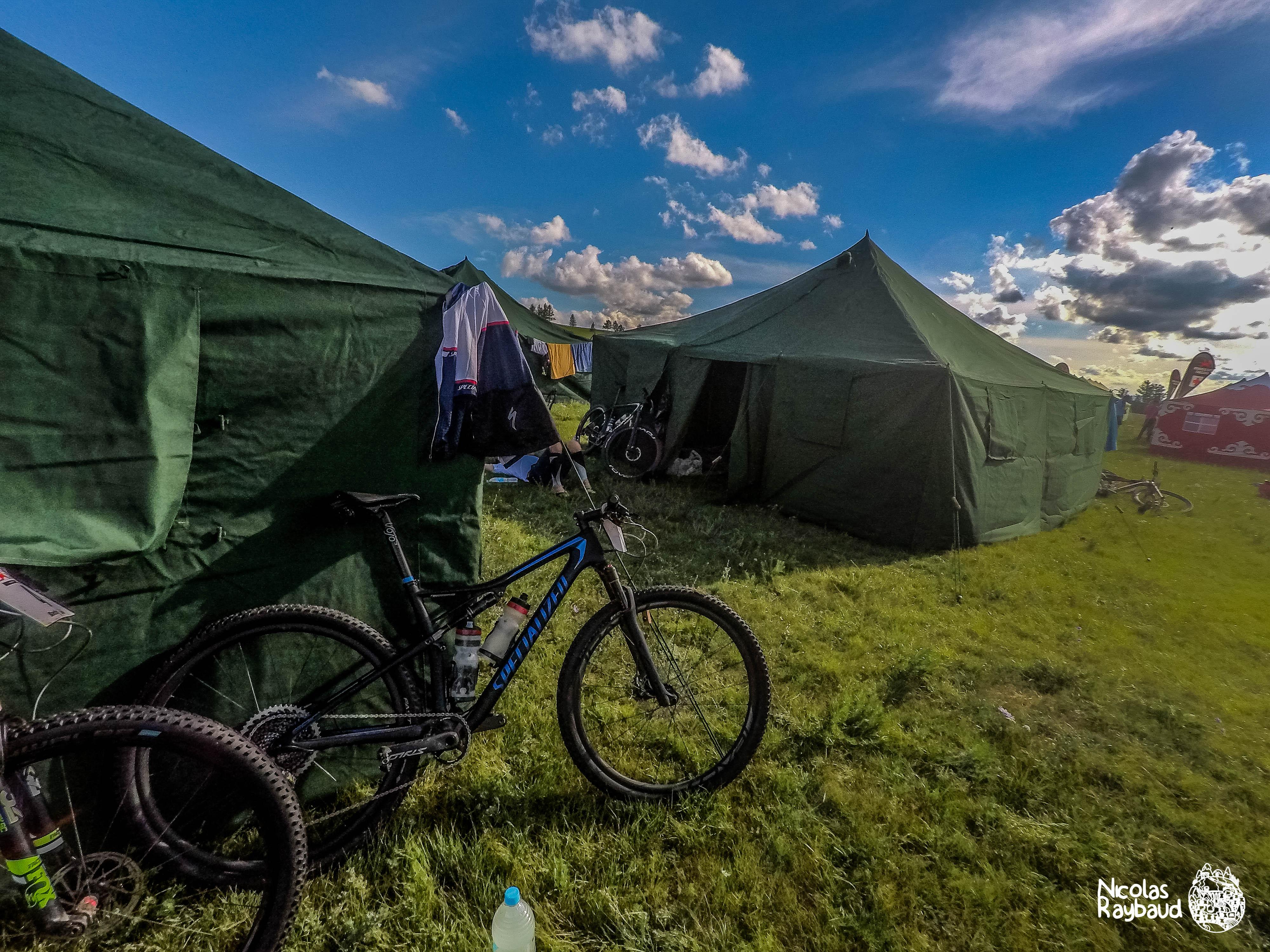 Mongolia Bike Challenge Nicolas Raybaud-osymetric-specialized-epicpro