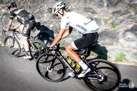 nicolas raybaud dans l'ascension du col du glandon sur son specialized sworks tarmac alaphililipe exos
