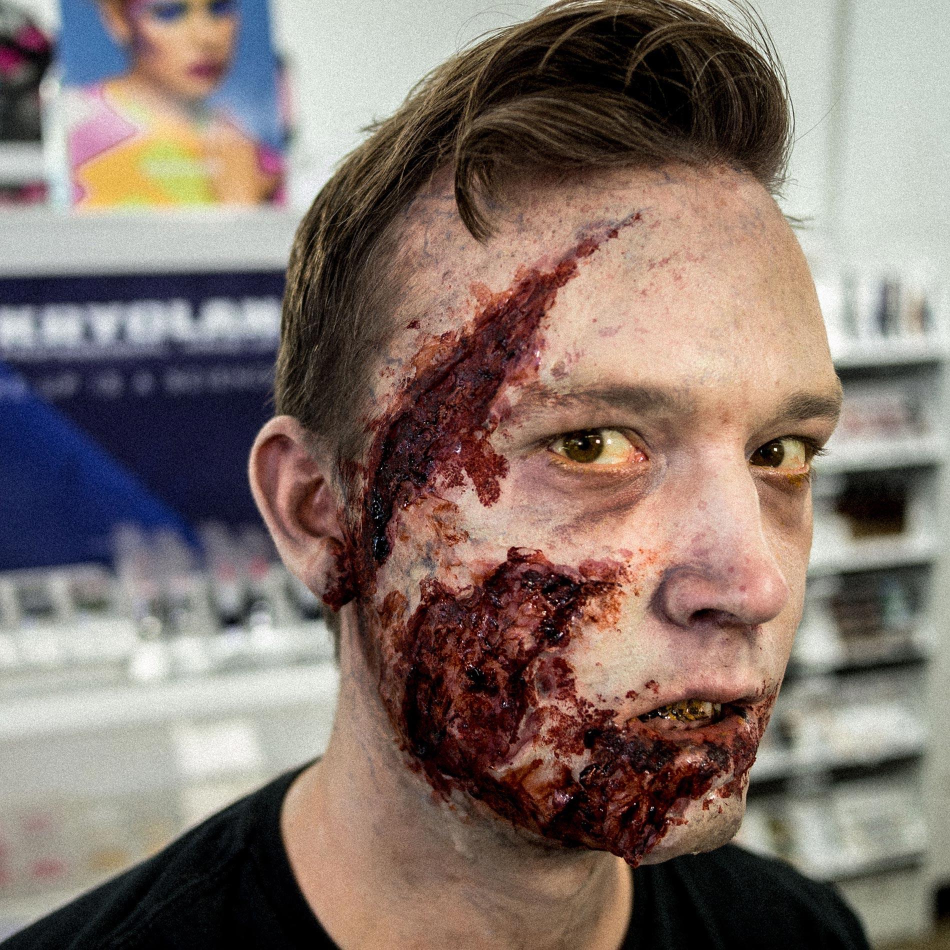 halloween makeup live: zombie makeup with kryolan – makeup blog