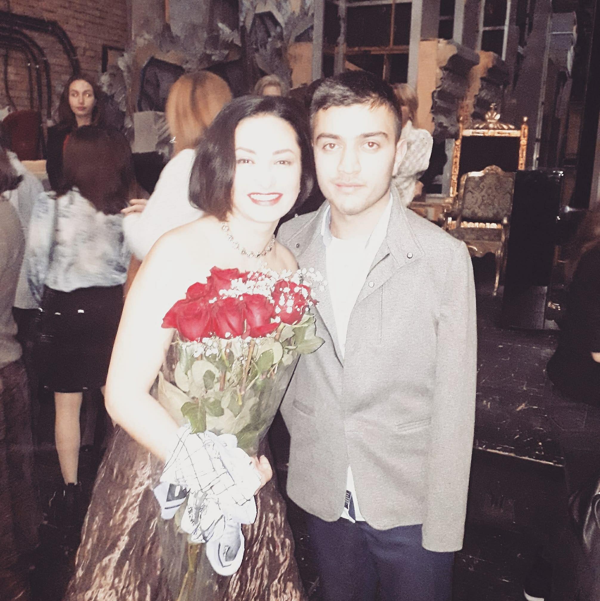 Nino Surguladze with a fan
