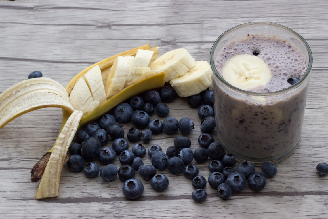 Banana and Blueberry Smoothie (Ban-Choco Smoothie)