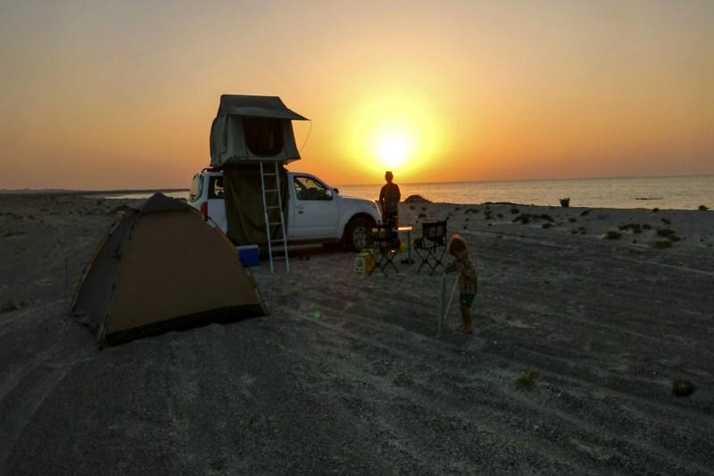 Oman: Nachtlager (P. Valentin)