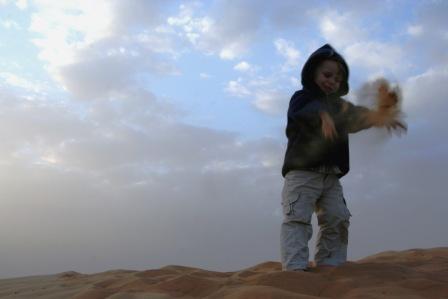 Jonas im Sand