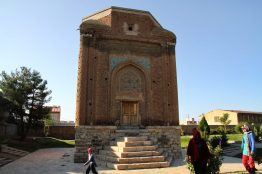Iran: Maragheh: Gombad-e Sorkh