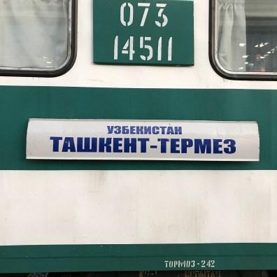 Zug von Taschkent nach Termez