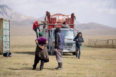 Nomaden auf dem Weg in ihr Winterlager