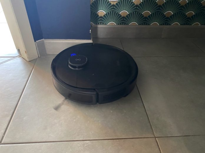 deebot-ozmo-t8-aivi-8312-scaled Test du robot Ecovacs OZMO T8 AIVI