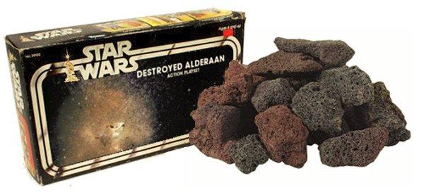Brocken des zerstörten Planeten Alderan