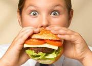 Παιδική παχυσαρκία: γίνεται συνώνυμο της κακοποίησης;