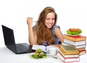 La-importancia-de-la-buena-alimentacion-en-tu-etapa-de-estudiante