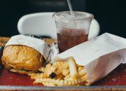 Εννέα στις δέκα χώρες έχουν πρόβλημα παχυσαρκίας ή υποσιτισμού