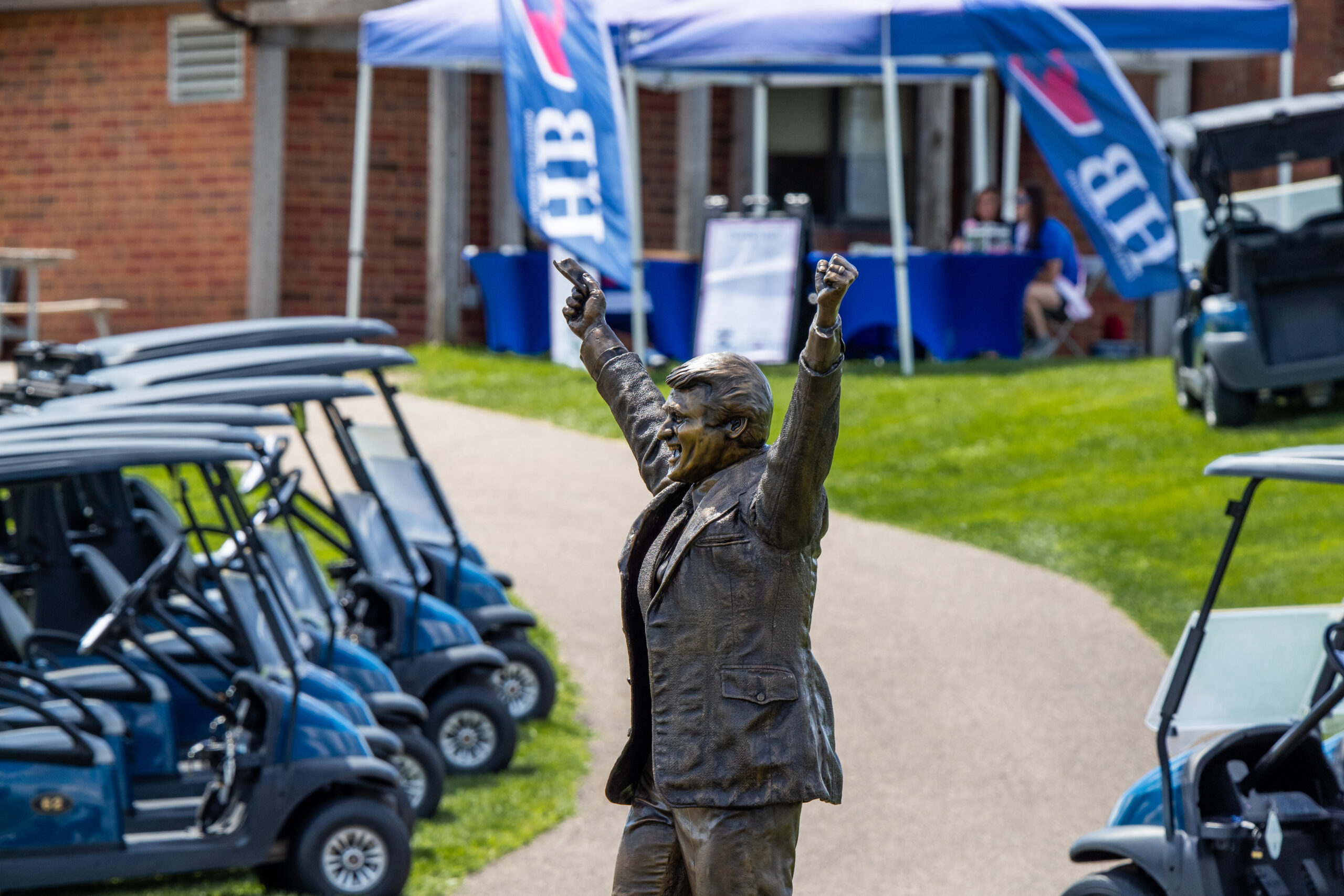 The Herb Brooks statue stood outside of Victory Links, welcoming participants to the Herb Brooks Foundation Golf Classic.