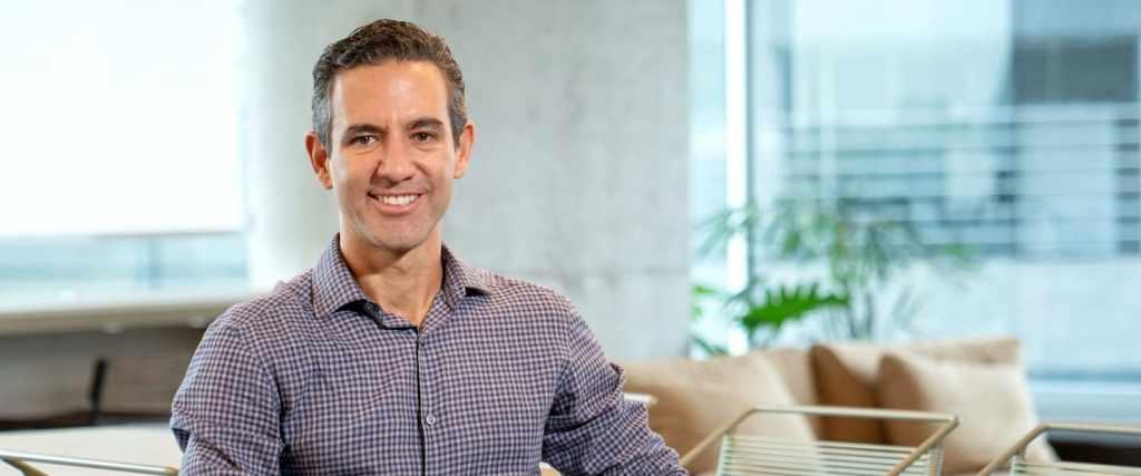 David Velez de Nubank informa sobre la reducción a cero emisiones de carbono. Nubank llega a México.