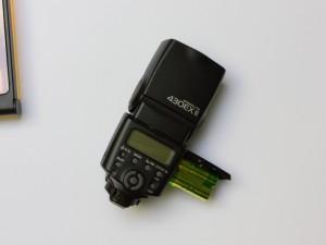Canon Speedlite 430EX II Streuscheibe reparieren (3/6)