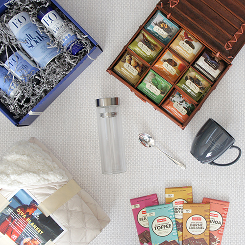 Giving TEAsday Grand Prize Package