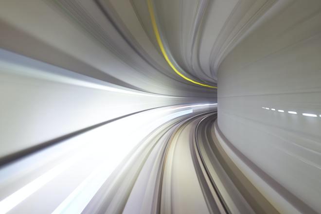 longa exposição de túnel de metro
