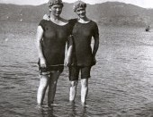 Somes Island Swim, Petone Amateur Swimming Club Members, 1948. Photograph by Morris Hill. Collection of Petone Settlers Museum.