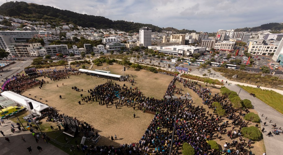 Te Matatini Pōwhiri underway at Waitangi Park next to Te Papa. Photographer Neil Price, Wellington City Council