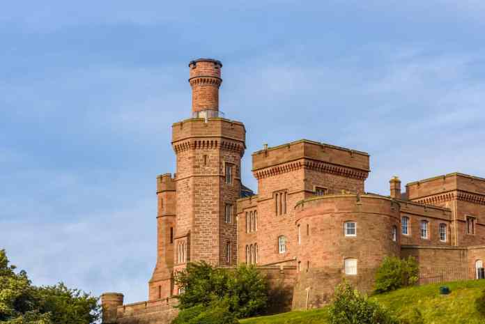 Inverness kalesi