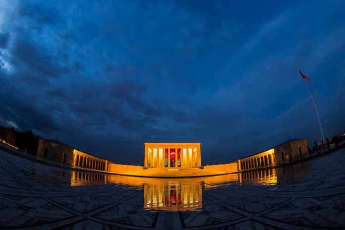 anıtkabir gece