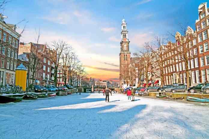 Ice Amsterdam