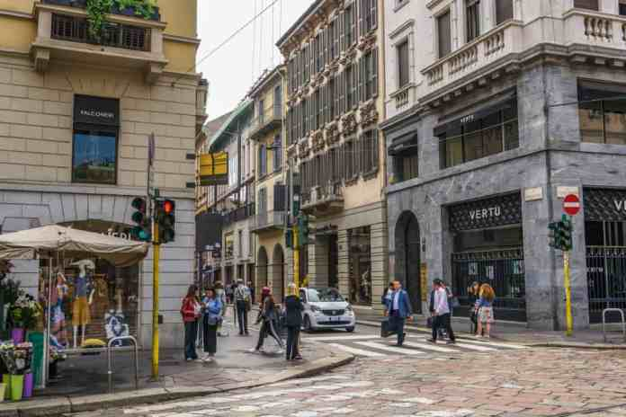 Monte Napoleone Caddesi, Milano, İtalya
