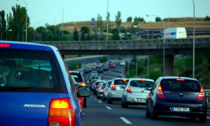 Un programa de coches eléctricos e híbridos reducirá 1.018 toneladas de CO2