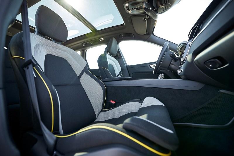 Interior Volvo con plástico reciclado
