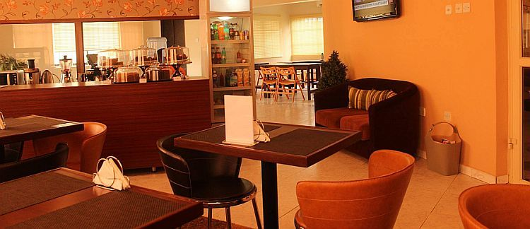Brunch at Olivia's Café
