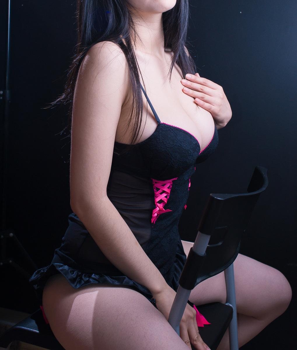 Asian-Model-Jasmine-Lee-Big-Boobs-www.ohfree.net-007 Sexy Asian Model Jasmine Lee Topless Show Big Boobs Photos