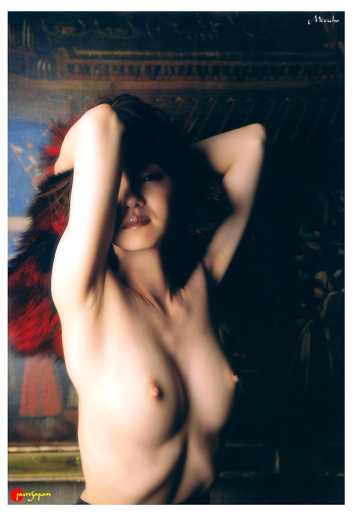 Japanese-gravure-idol-Mizuho-Nakamura-www.ohfree.net-009 Japanese gravure idol Mizuho Nakamura 中村みづほ nude photos