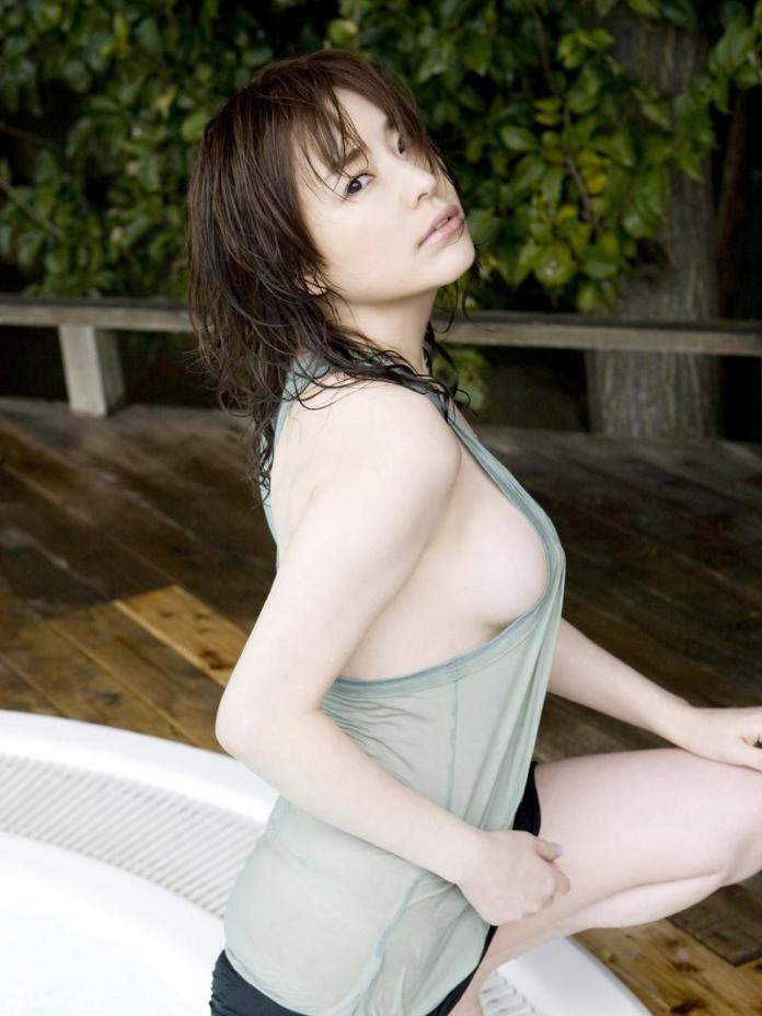 Former-AV-idol-Haruka-Nanami-by-ohfree.net-09 Japanese actress, a former AV idol Haruka Nanami 名波 はるか nude sexy