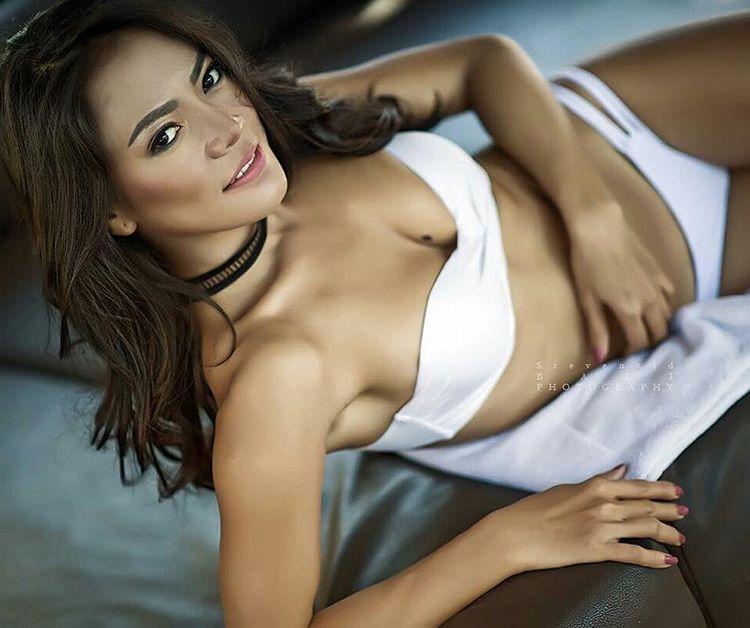 Indonesian-model-Bella-Chan-by-ohfree.net-06 Indonesian model Bella Chan nude sexy photos leaked