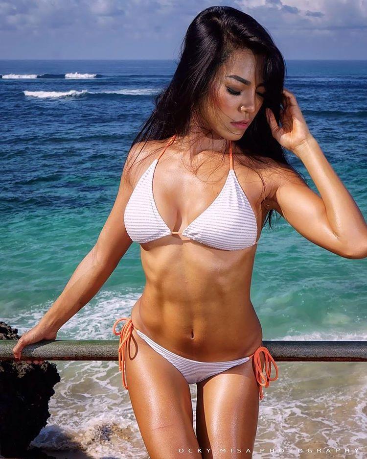 Indonesian-model-Bella-Chan-by-ohfree.net-26 Indonesian model Bella Chan nude sexy photos leaked