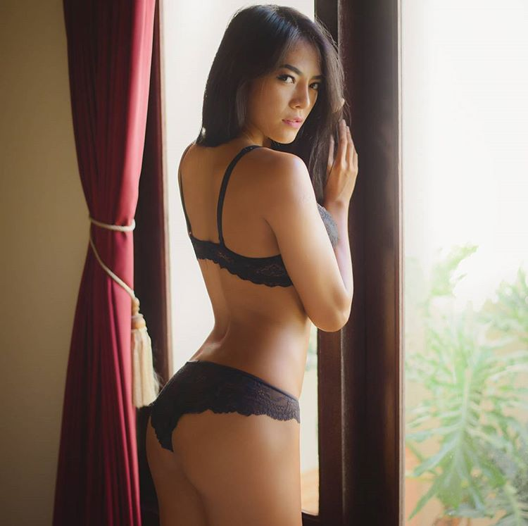 Indonesian-model-Bella-Chan-by-ohfree.net-27 Indonesian model Bella Chan nude sexy photos leaked