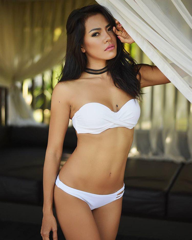 Indonesian-model-Bella-Chan-by-ohfree.net-56 Indonesian model Bella Chan nude sexy photos leaked