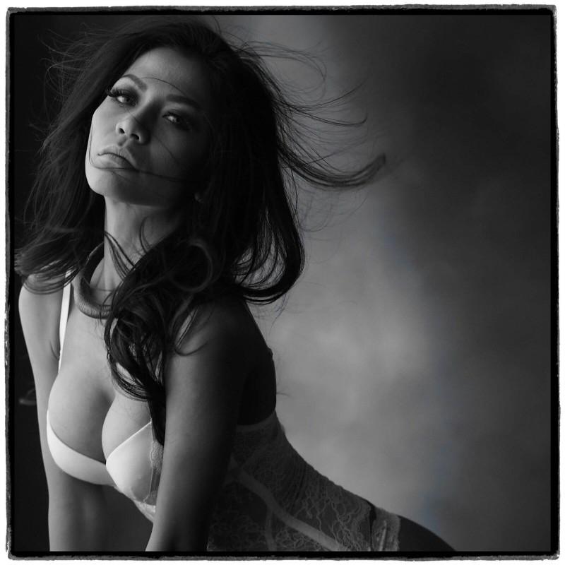 Indonesian-model-Entin-Eva-Kartini-018-by-ohfree.net_ Indonesian model Entin Eva Kartini nude sexy photos leaked