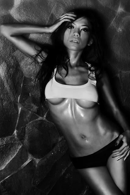 Indonesian-model-Entin-Eva-Kartini-020-by-ohfree.net_ Indonesian model Entin Eva Kartini nude sexy photos leaked
