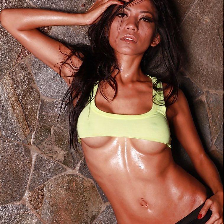 Indonesian-model-Entin-Eva-Kartini-030-by-ohfree.net_ Indonesian model Entin Eva Kartini nude sexy photos leaked