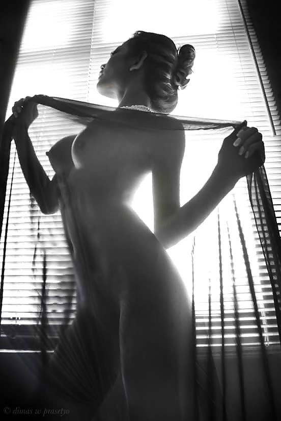 Indonesian-model-Entin-Eva-Kartini-042-by-ohfree.net_ Indonesian model Entin Eva Kartini nude sexy photos leaked